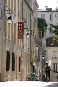 hotel-du-roussillon